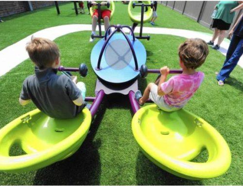 Un parco giochi per facilitare l'interazione sociale tra i bambini